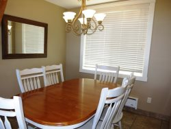 Lincoln City Beach House - Main Level - dining Table